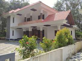 Beautiful house at Bharananganam for Rent