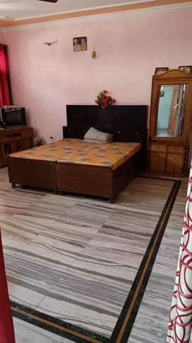 1room kitchen for rent boy's/girl's in sector-63 Chandigarh.