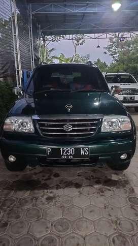 Suzuki Escudo 2.0i MT