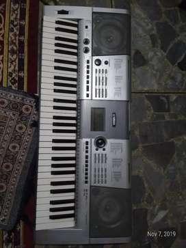 Keyboard Yamaha PSR E403