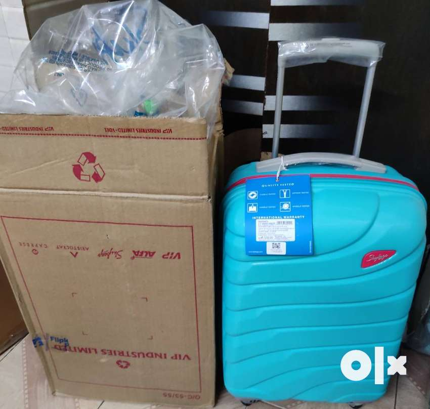 Rs. 7200 skybags suitcase luggage brand new 0