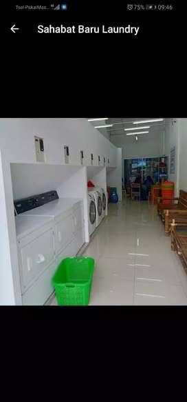 Karyawati Laundry Jalan Bromo
