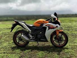 CBR 150R, orange, with extended warranty till march 2020