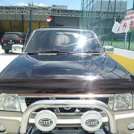 Nissan Terrano Kingsroad 3