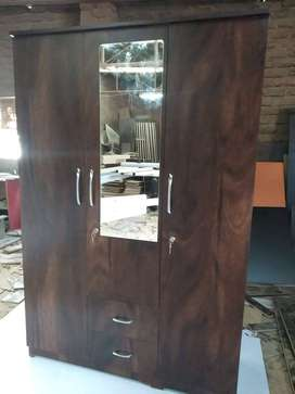 3 door wardrobe in best price