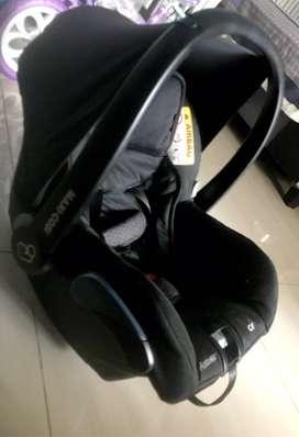 Maxi Cosi car seat quinny
