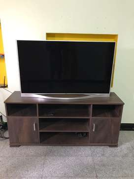 TV stand 60''