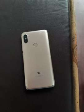 Redmi Y2 Phone 3GB/32GB New condition phone hai koi dikkat ni hai