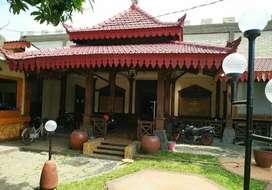 Rumah Dijual Bekas Cafe Full Kayu Jati