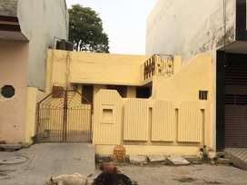 66 sq yard old construction residential house only in 30 lac
