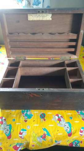 Antique cash box