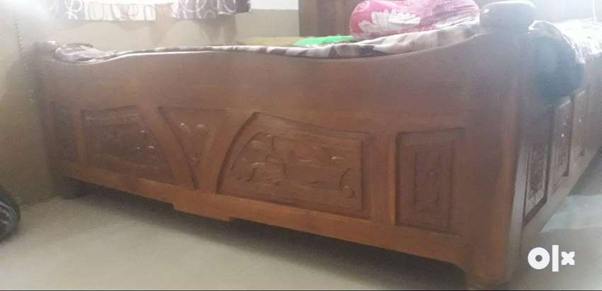 brand new sagwan bed 0