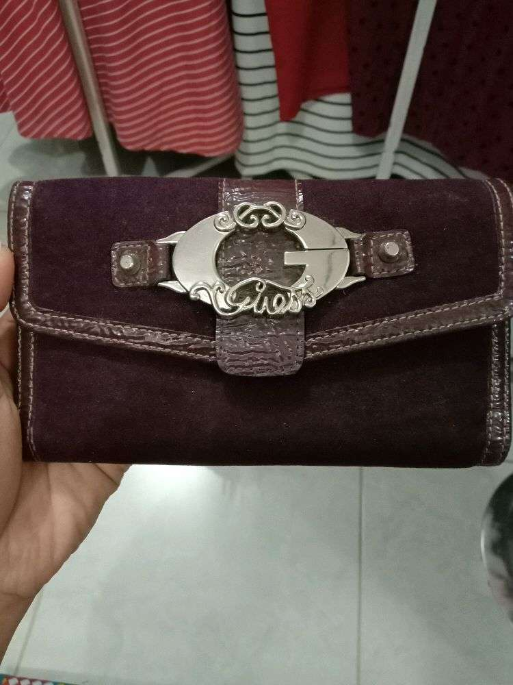 dompet guess cakep 0