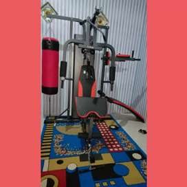Alat Fitnes HomeGym 3s