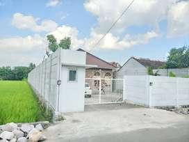 Rumah Mewah 2 Bangunan Ada Kolam Renang di Jl. Kabypaten Dekat SKE