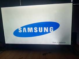 "42 ""Samsung 4k U HD LED excellent working condition"
