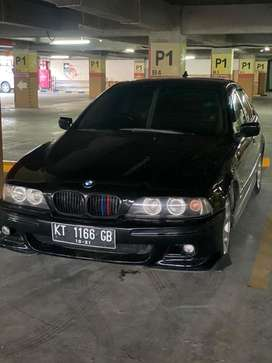 Bmw seri 5 -e39 528i th 2000 msh terawat,. No PHP