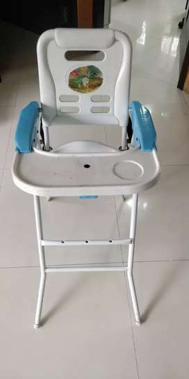 Baby High chair for dining
