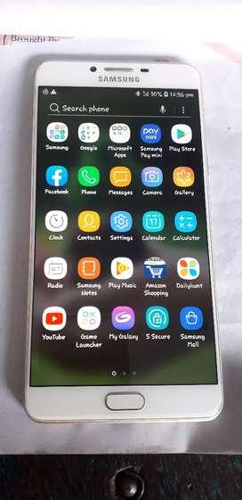 Samsung galaxy C9 pro 6 gb ram 64 gb inbuilt Good condition