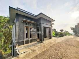 Rumah 3 Lantai di Ngargoyoso Karanganyar