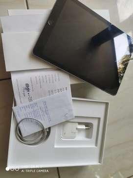 Apple iPad 2018 6th Generation Wifi + Cellular 32GB Space Gray IBOX