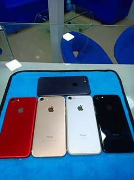 All top models of I phone available at best price by cash on delivery