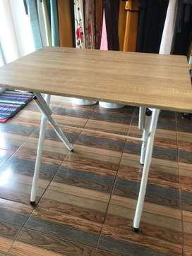 Meja lipat untuk jualan