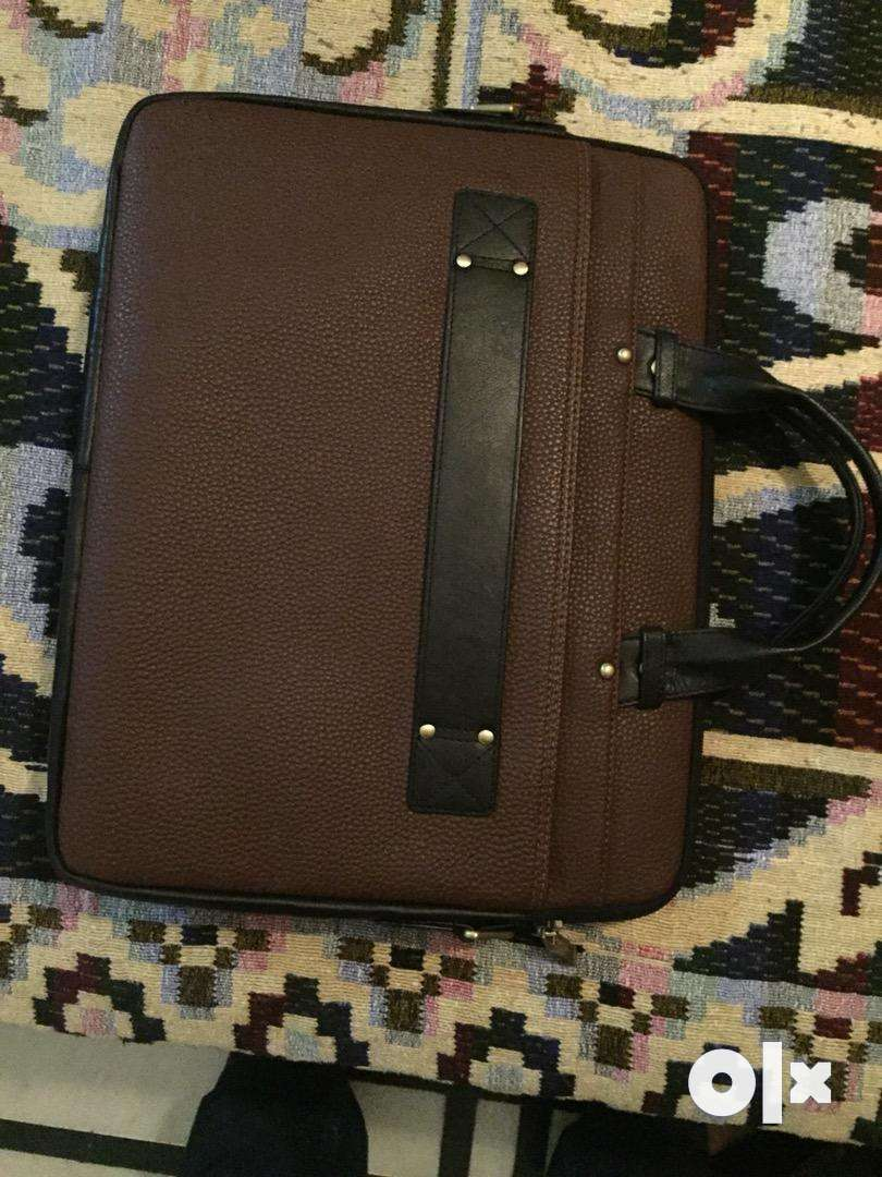 Document leather bag