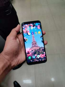 Samsung Galaxy S8 with complt box sell or exchange