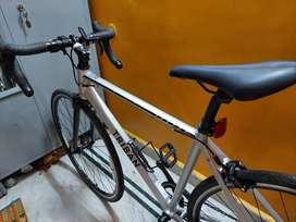 Triban rc 100 drop bar road bike