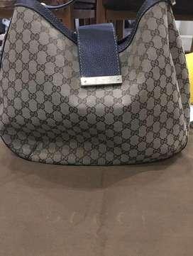 Gucci Signature Hobo Bag