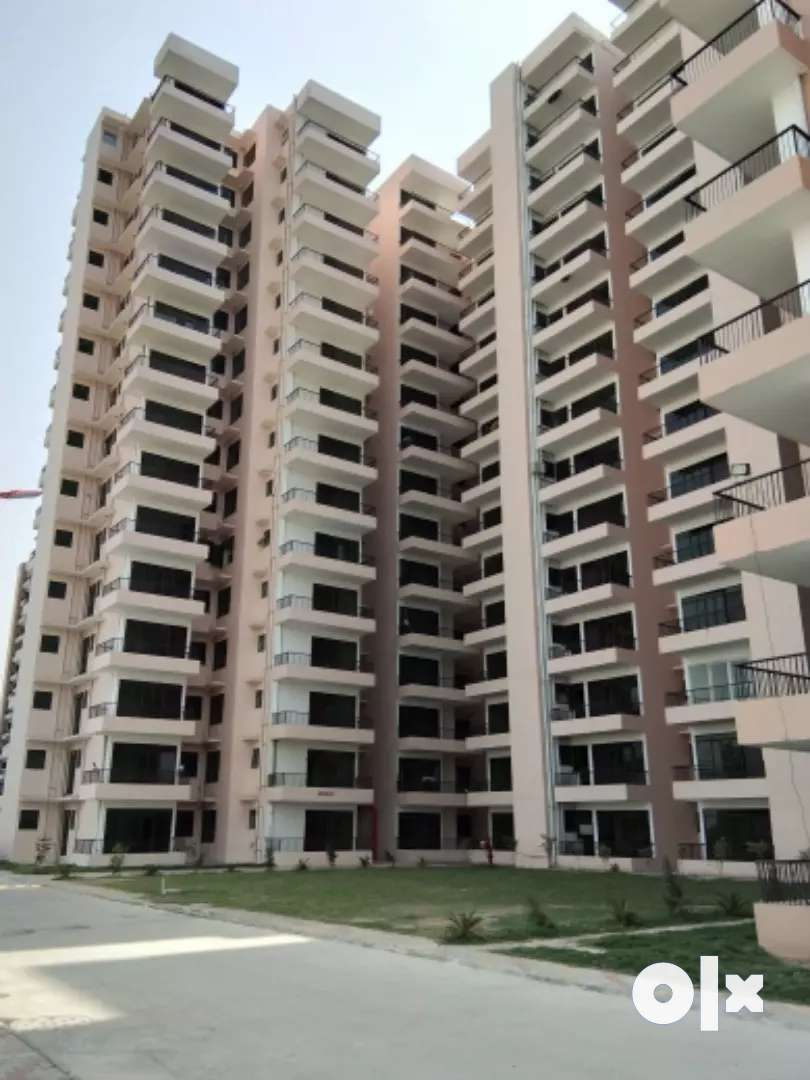 2BHK READY TO MOVE IN APARTMENTS JUST IN 1684000 0