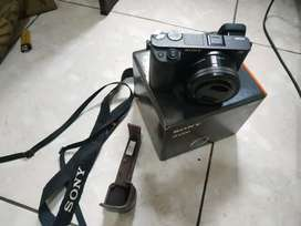 Sony A6300 + Kit Lens 16-50mm