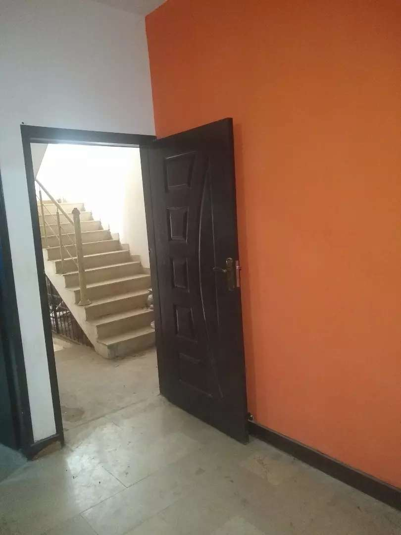 Mehmoodabad prime location 1st floor 3 bed attached bath for rent 0