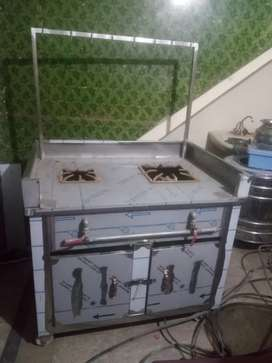 Tea counter and oven