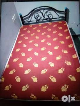 Rot iron 4'/6' bed