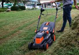 Lawn Mowers/Movers