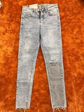 Celana Jeans Cewe