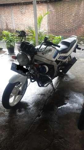 Suzuki gs500e th 91