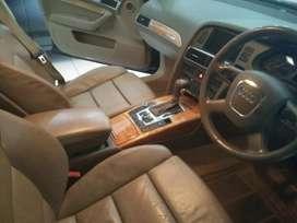 AUDI A6 quattro V6 3.0 hitam 2006