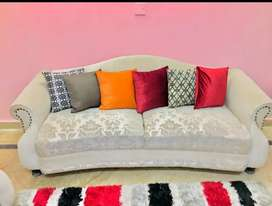 7 seater sofa in extra condition