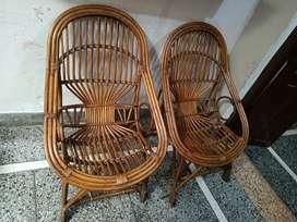 4 chair 1 table sat