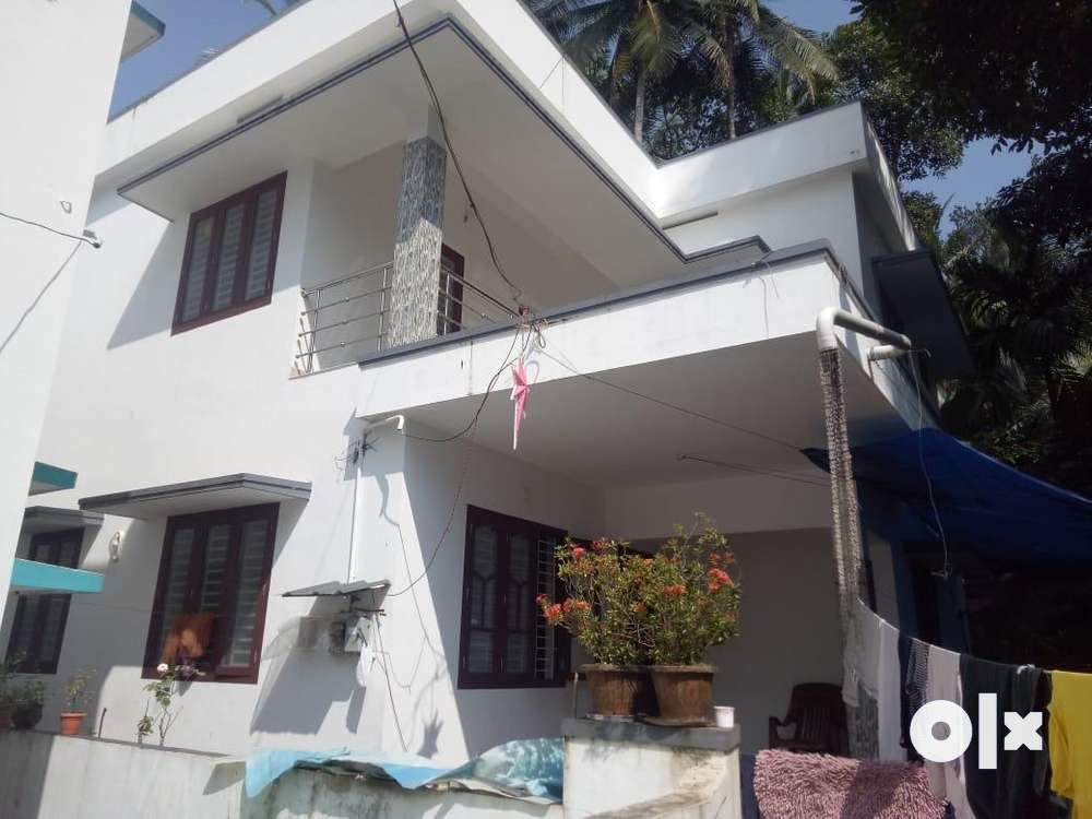 iringadenpalli by pass near 3.80 cent 3 bed house 50 lakh