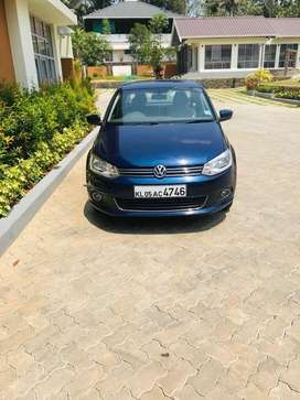 Volkswagen vento 1.6 highline. With comapny service and accidnet free