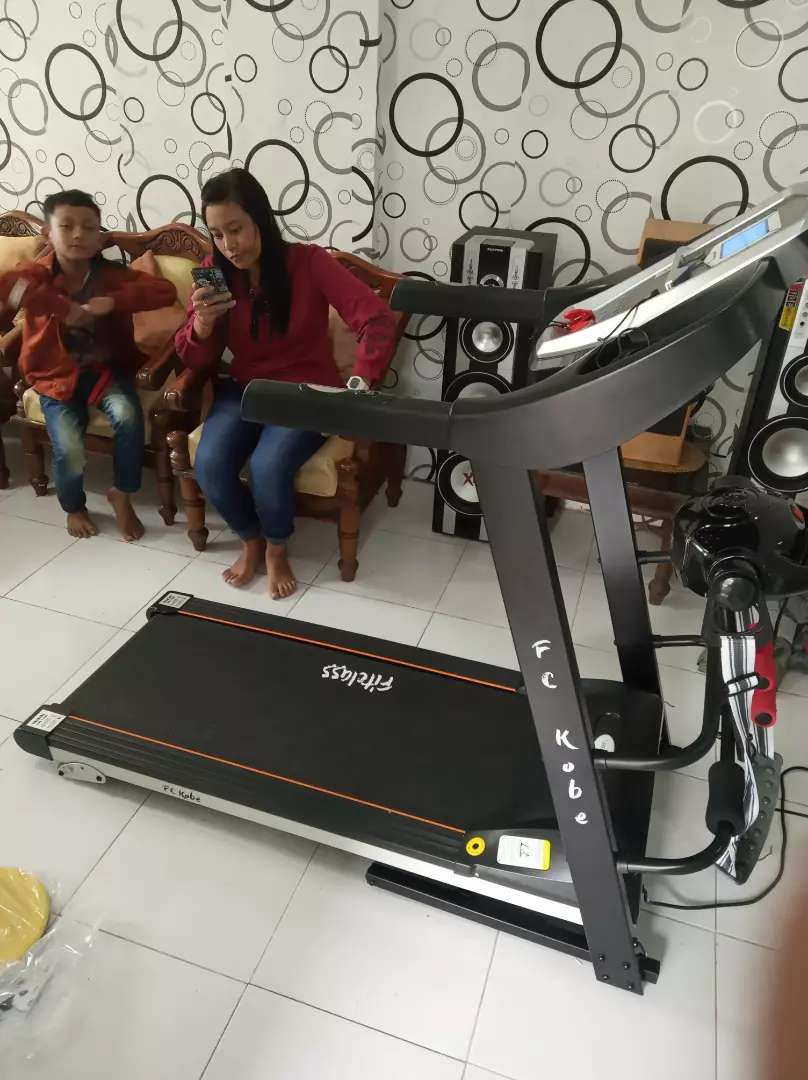 The best new Treadmill elektrik 4 fungsi Central sport cobe 0