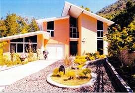 Rumah / Villa dengan nuansa Italia di Kerandangan dekat Senggigi