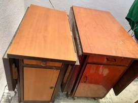 Foldable Old Dinning Table in Good Condition