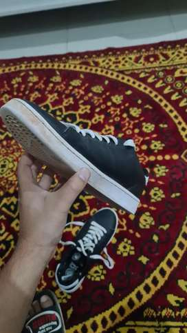 """Branded""""North Star"""" classic sneakers black&white size for (8,9) users"""