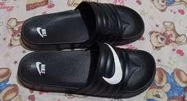 sandal nike baru uk 44 harga nego