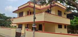 3 Bhk Independent House near Vyttila Ponnurunni for Family/CA firm
